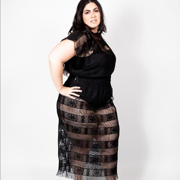 Elara Luna Dresses | Plus Size Crochet Lace Illusion Dress Or ...